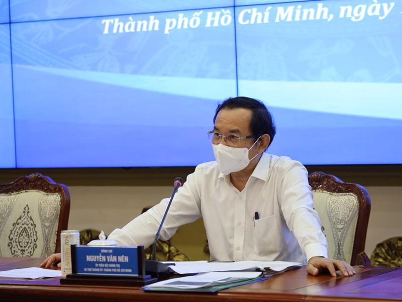 Bí thư Thành ủy TP.HCM Nguyễn Văn Nên chỉ đạo tại một cuộc họp giao ban về tình hình dịch COVID-19 trên địa bàn.
