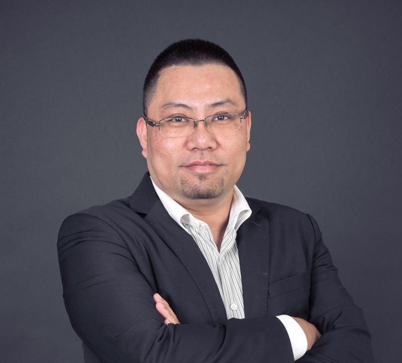 Chuyên gia truyền thông Nguyễn Đình Thành.