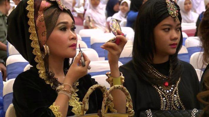 Số lượng cá nhân siêu giàu - có tài sản trên 30 triệu USD - tại Indonesia được dự báo tăng 67% mỗi năm trong giai đoạn từ năm 2021-2025 - Ảnh: BBC