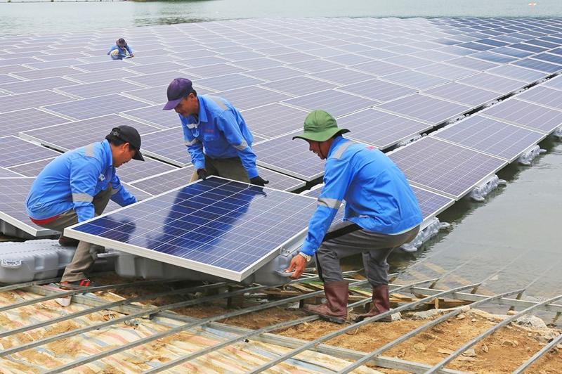 Công suất điện mặt trời tăng hơn 20 lần so với quy hoạch.