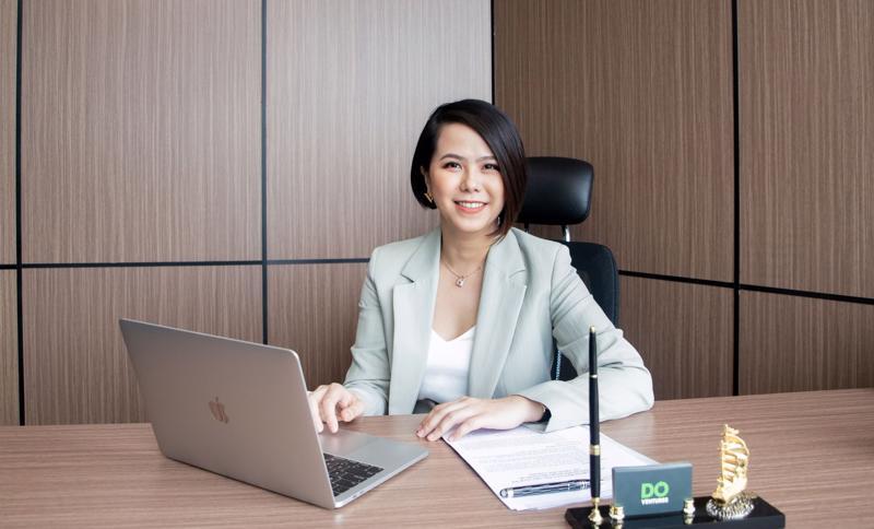 Bà Lê Hoàng Uyên Vy, CEO Do Ventures công bố vòng gọi vốn pre-series A trị giá 1,5 triệu USD vào MFast.