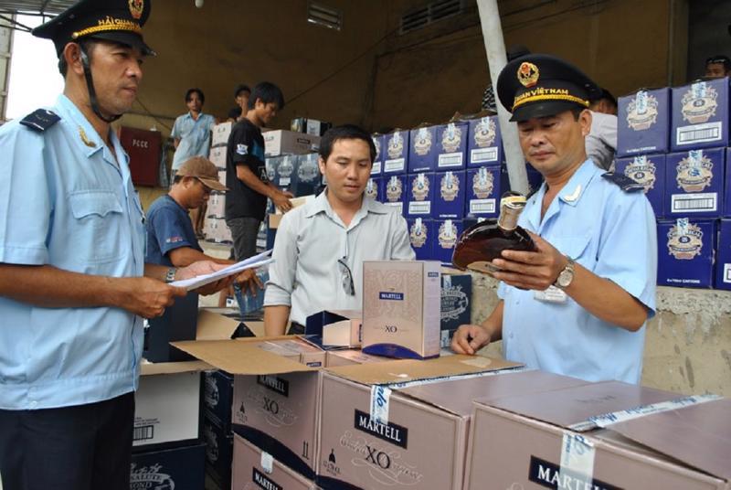 Kiểm tra an toàn thực phẩm đối với hàng hóa nhập khẩu.