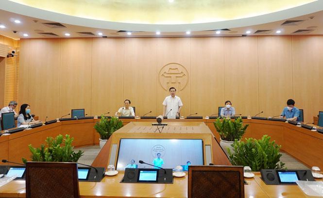 Phó Chủ tịch UBND TP. Hà Nội Chử Xuân Dũng phát biểu tại Hội nghị.