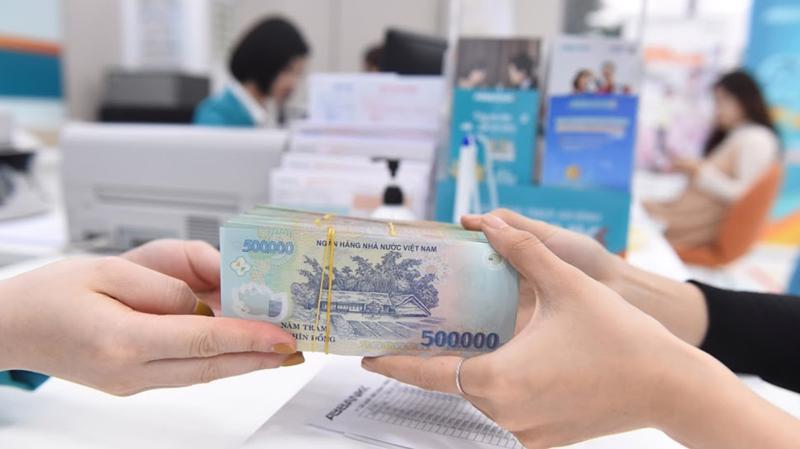 Chính phủ giảm 3.000 tỷ đồng từ 30 loại thuế, phí đến hết năm 2021 để hỗ trợ khó khăn cho doanh nghiệp và người dân.
