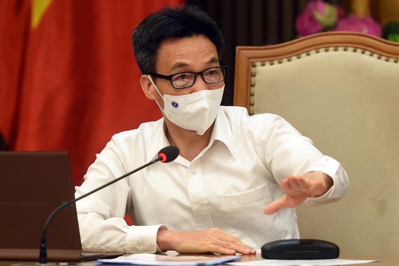Phó Thủ tướng Vũ Đức Đam chủ trì cuộc họp chiều 25/6. Ảnh - VGP/Đình Nam.