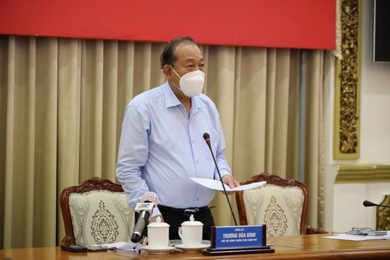 Phó Thủ tướng Thường trực Trương Hòa Bình tại cuộc họp trực tuyến của Ban Chỉ đạo phòng, chống dịch Covid-19 TP.HCM