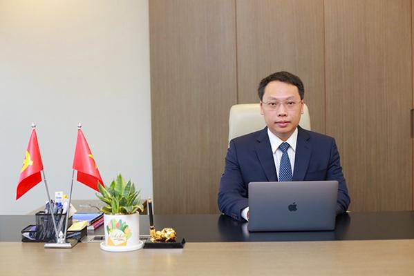 Thứ trưởng Bộ Thông tin và Truyền thông Nguyễn Huy Dũng, đồng Trưởng Tiểu ban Ứng dụng công nghệ thông tin quản lý tiêm chủng vaccine phòng Covid-19 và truyền thông.