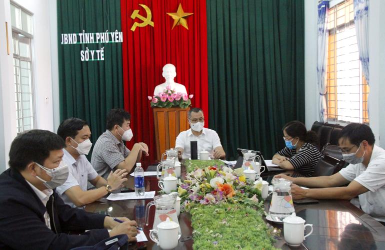 Bí thư Tỉnh ủy Phạm Đại Dương chủ trì cuộc họp.