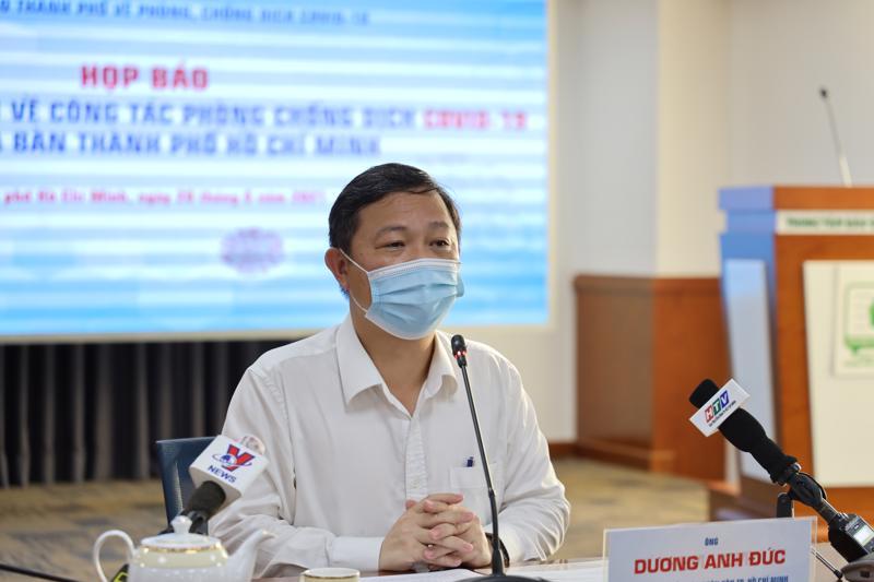 Phó chủ tịch Uỷ ban nhân dân TP.HCM Dương Anh Đức, tại cuộc họp báo chiều ngày 28/6 (ảnh TTBC).