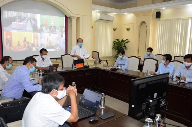 Quang cảnh cuộc họp tại điểm cầu UBND tỉnh Đồng Tháp.