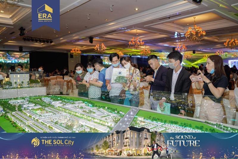 Nhiều nhà đầu tư tỏ qua quan tâm về dự án The Sol City, Long An, một dự án đang bán chạy trên thị trường mà ERA Vietnam đang là đại lý phân phối.