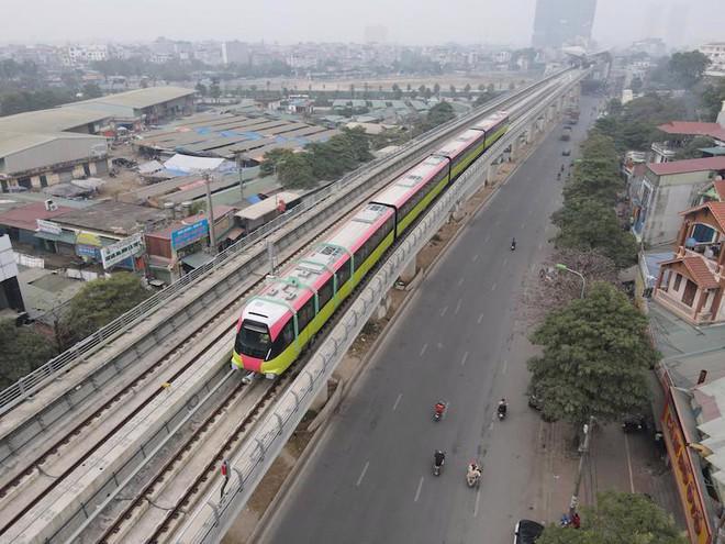 Đoàn tàu metro Nhổn - ga Hà Nội sẽ chạy thử nghiệm liên động đoạn trên cao.