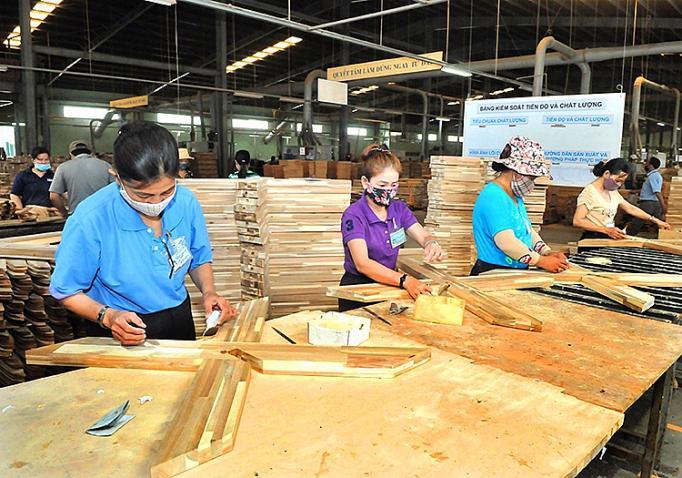 Gỗ và các sản phẩm từ gỗ là một trong các sản phẩm xuất khẩu chủ lực của Đồng Nai