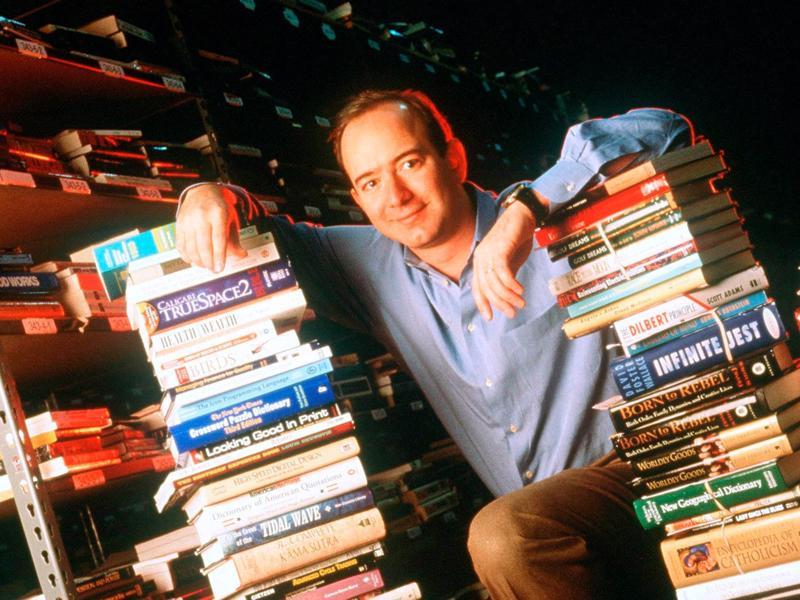 Jeff Bezos những ngày đầu thành lập Amazon - Ảnh: Amazon