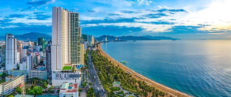 """Nha Trang đang là """"vùng trũng"""" tăng giá căn hộ khách sạn mặt tiền biển - Ảnh: Instagram."""
