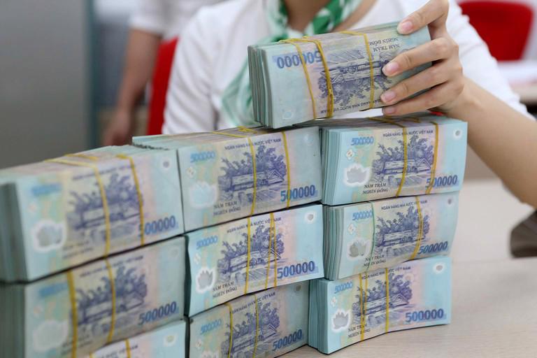 Bốn ngân hàng thương mại Nhà nước dẫn đầu minh bạch giảm lãi suất