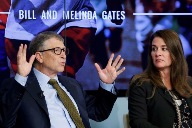 Ông Bill Gates và bà Melinda Gates tại một sự kiện ở Brussels, Bỉ ngày 22/1/2015 - Ảnh: Reuters