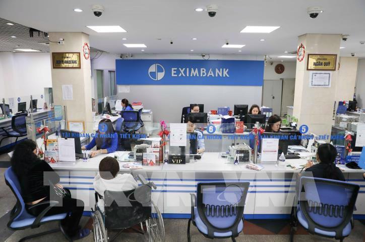 Hai năm liên tiếp, ở Eximbank, cứ sắp đại hội, lại có một nhóm cổ đông đòi miễn nhiệm thành viên hội đồng quản trị