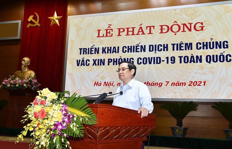 Thủ tướng Phạm Minh Chính phát động triển khai Chiến dịch tiêm chủng vaccine phòng chống Covid-19 trên toàn quốc - Ảnh: VGP.