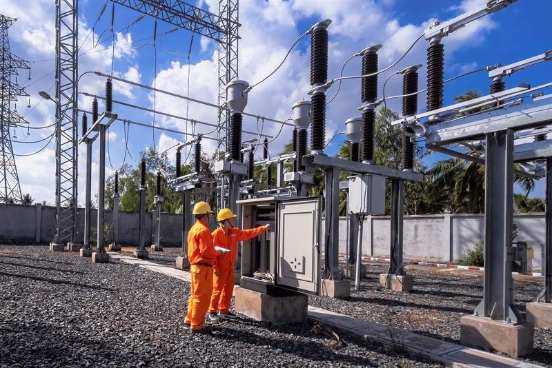 Đảm bảo cung ứng điện trong mọi tình huống.
