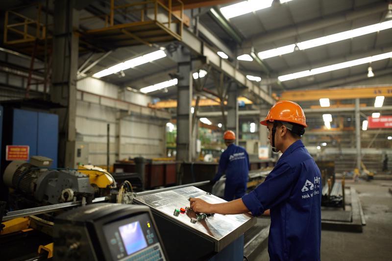 Tập đoàn Hòa Phát đã công bố khởi động dự án chuyển đổi số toàn diện, hướng đến mục tiêu trở thành một trong top 50 nhà sản xuất thép lớn nhất toàn cầu và tập đoàn đa ngành.