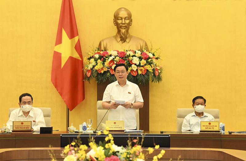 Chủ tịch Quốc hội Vương Đình Huệ phát biểu bế mạc phiên họp thứ 58 của Ủy ban Thường vụ Quốc hội - Ảnh: Quochoi.vn