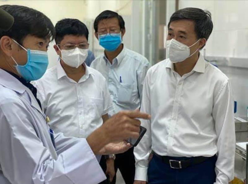 Thứ trưởng Trần Văn Thuấn kiểm tra công tác phòng, chống dịch tại Bình Dương.