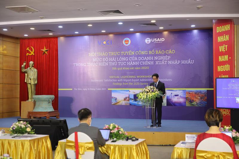 """Lễ """"Công bố báo cáo Mức độ hài lòng của doanh nghiệp trong thực hiện thủ tục hành chính xuất nhập khẩu: Kết quả khảo sát năm 2020""""."""