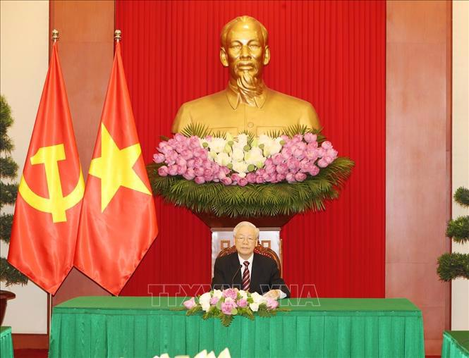 Tổng Bí thư Nguyễn Phú Trọng điện đàm với Tổng thống Hàn Quốc Moon Jae-in - Ảnh: TTXVN.