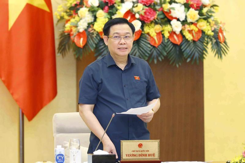 Chủ tịch Quốc hội Vương Đình Huệ tại cuộc họp - Ảnh: VGP