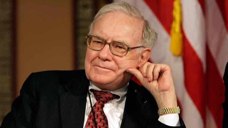 Warren Buffett - Ảnh: Getty/CNBC.