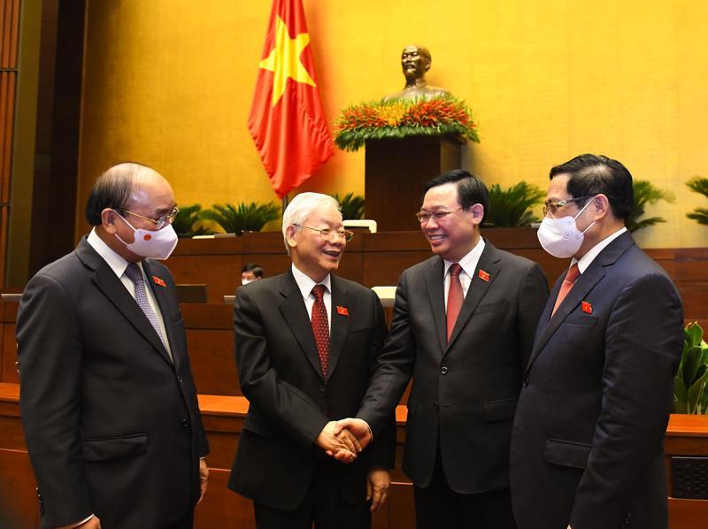 Từ trái sang phải: Chủ tịch nước Nguyễn Xuân Phúc, Tổng Bí thư Nguyễn Phú Trọng, Chủ tịch Quốc hội Vương Đình Huệ và Thủ tướng Chính phủ Phạm Minh Chính - Ảnh: Quochoi.vn