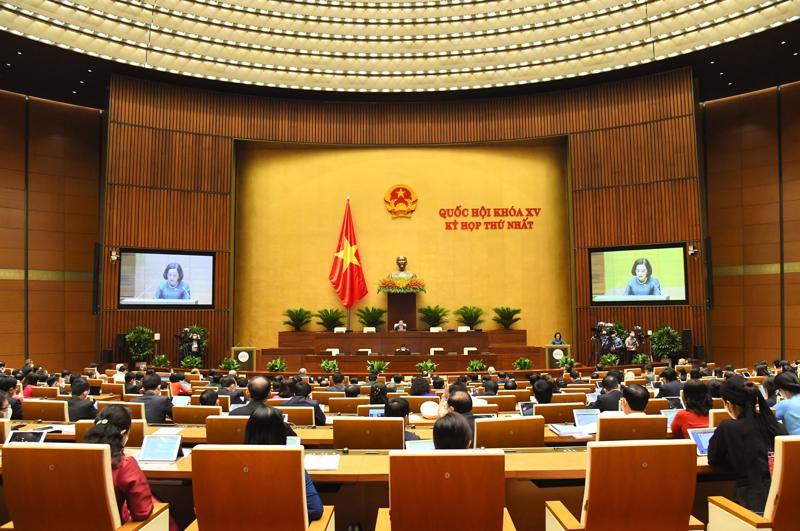 Quốc hội nghe báo cáo kết quả xác nhận tư cách đại biểu Quốc hội khóa XV - Ảnh: Quochoi.vn
