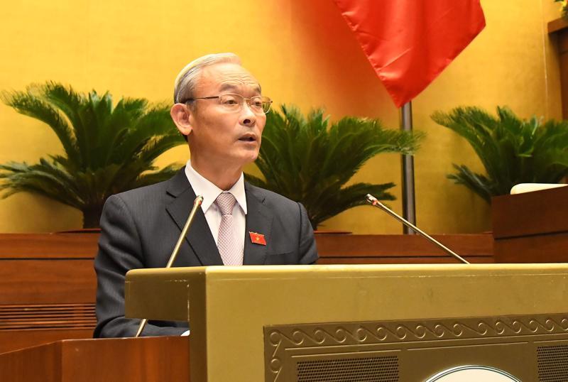 Chủ nhiệm Ủy ban Tài chính, Ngân sách Nguyễn Phú Cường trình bày Báo cáo thẩm tra quyết toán ngân sách nhà nước năm 2019 - Ảnh: Quochoi.vn