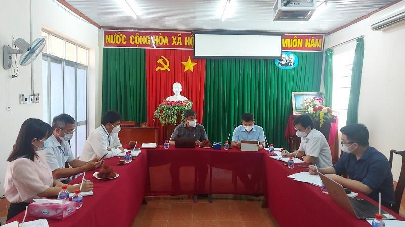 Đoàn công tác của Bộ Y tế làm việc với lãnh đạo ngành y tế Bình Phước.