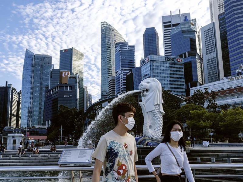 Singapore hiện là quốc gia có tỷ lệ tiêm chủng cao hàng đầu thế giới - Ảnh: AP