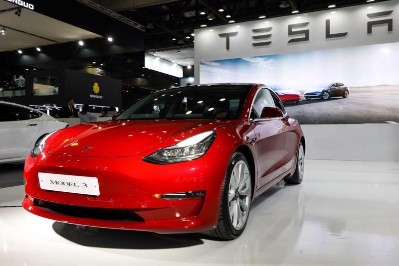 Mẫu sedan Model 3 của Tesla - Ảnh: Bloomberg.