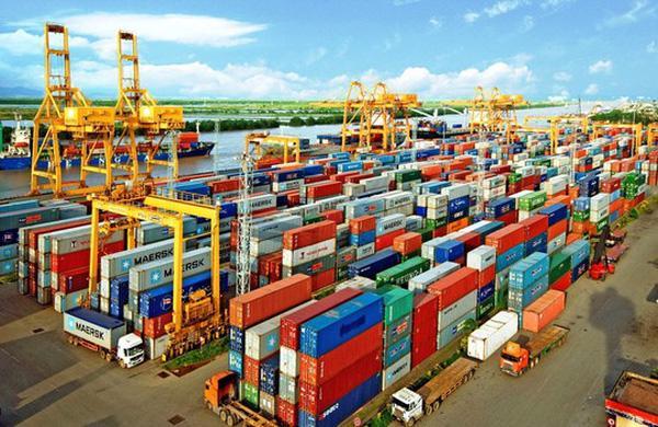 Sản xuất của các ngành quan trọng như vận tải - kho bãi, du lịch, giáo dục đào tạo, công nghiệp chế biến chế tạo… tiếp tục bị ảnh hưởng mạnh do nhu cầu giảm mạnh, chi phí sản xuất gia tăng và sự gián đoạn/đứt gẫy chuỗi cung ứng...