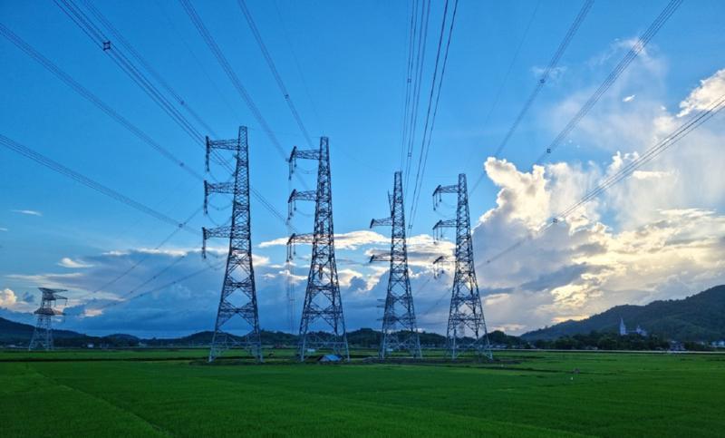 Công trình đường dây 500kV đấu nối NMNĐ BOT Nghi Sơn 2 vào hệ thống điện quốc gia đã hoàn thành.