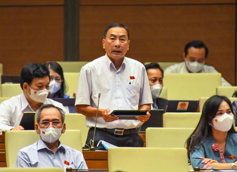 Đại biểu Phạm Văn Hòa, Đoàn Đại biểu Quốc hội tỉnh Đồng Tháp. Ảnh - Quochoi.vn.