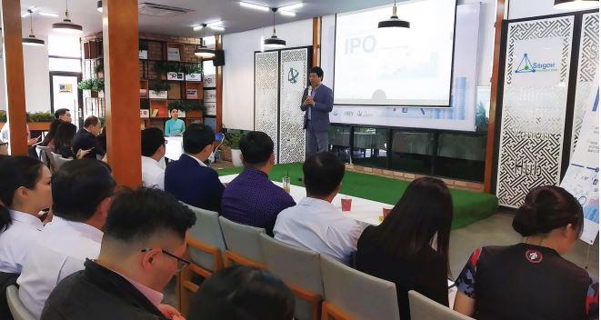 Tổng cộng 36 doanh nghiệp niêm yết trên cả ba sàn ở Việt Nam được xếp vào ngành công nghệ.