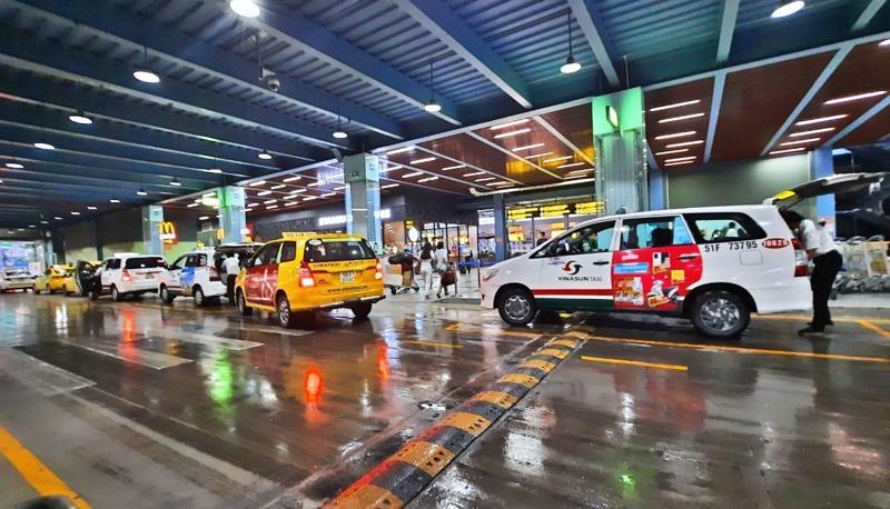 Công văn Sở Giao thông Vận tải TP.HCM cấp phép cho taxi Mai Linh và Vinasun hỗ trợ y tế, đưa đón tại sân bay từ ngày 26/7.