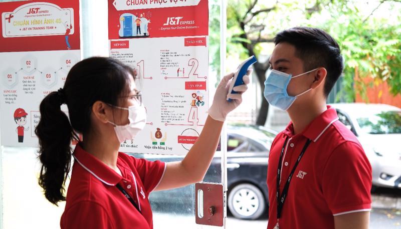 Có mặt tại Việt Nam từ 2018, J&T Express đã đồng hành với sự phát triển của ngành chuyển phát nhanh Việt Nam 4 năm, thì đại dịch Covid toàn cầu kéo dài 3 năm, đó là một thách thức cho J&T Express.