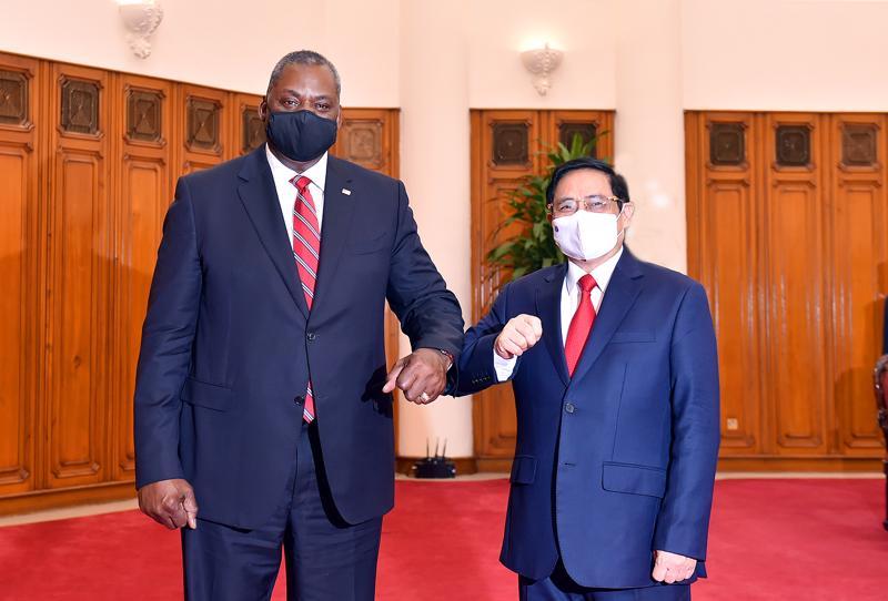 Thủ tướng Phạm Minh Chính tiếp Bộ trưởng Quốc phòng Mỹ Lloyd Austin - Ảnh: VGP.