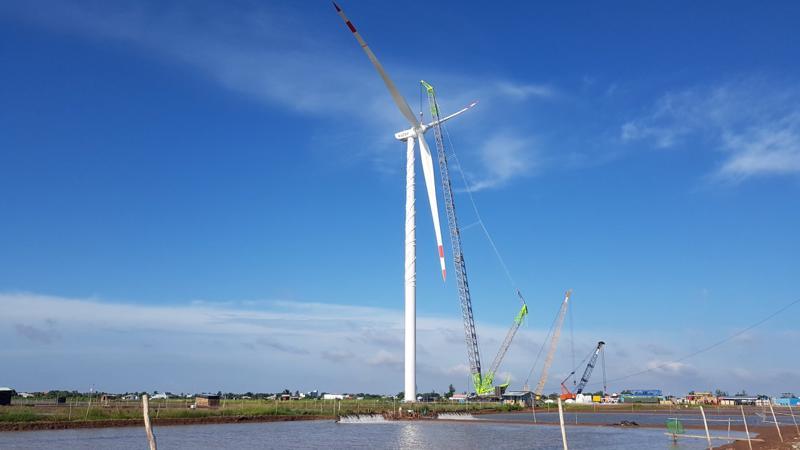 Dự án Điện gió Kosy Bạc Liêu đẩy nhanh tiến độ thi công.