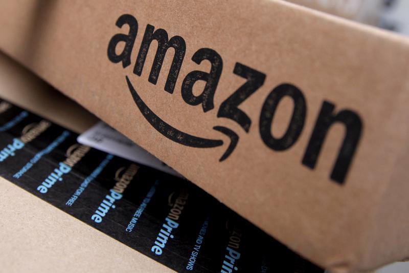 Amazon có quý thứ ba liên tiếp ghi nhận doanh thu trên 100 tỷ USD - Ảnh: Reuters