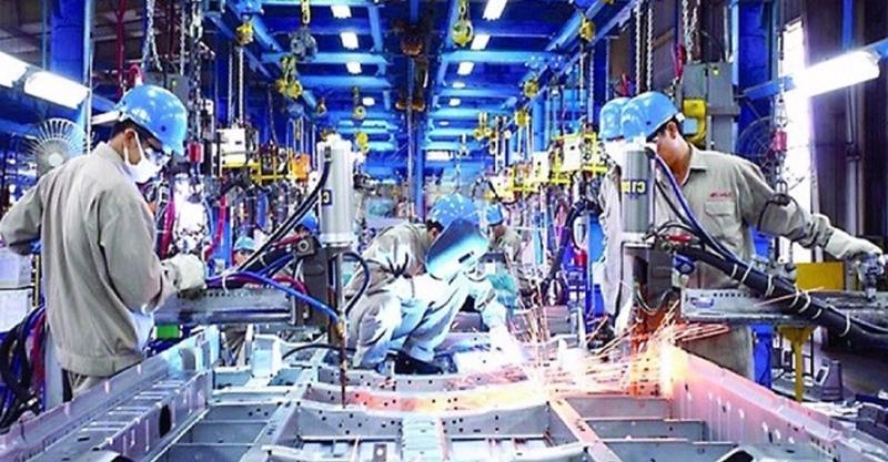Giá trị tăng thêm ngành công nghiệp tăng 4,45% so với cùng kỳ năm trước.