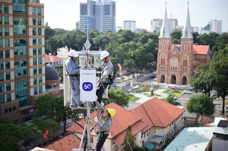 Thủ tướng đề nghị giảm giá cước viễn thông, điện, nước trong mùa dịch Covid-19.