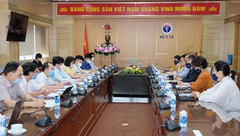 Bộ trưởng Bộ Y tế Nguyễn Thanh Long có cuộc làm việc với ông Kidong Park, Trưởng Đại diện WHO tại Việt Nam.