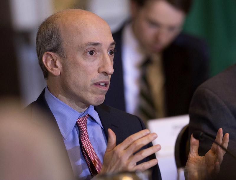 Chủ tịch Uỷ ban Chứng khoán và sàn giao dịch Mỹ (SEC) Gary Gensler - Ảnh: Bloomberg.